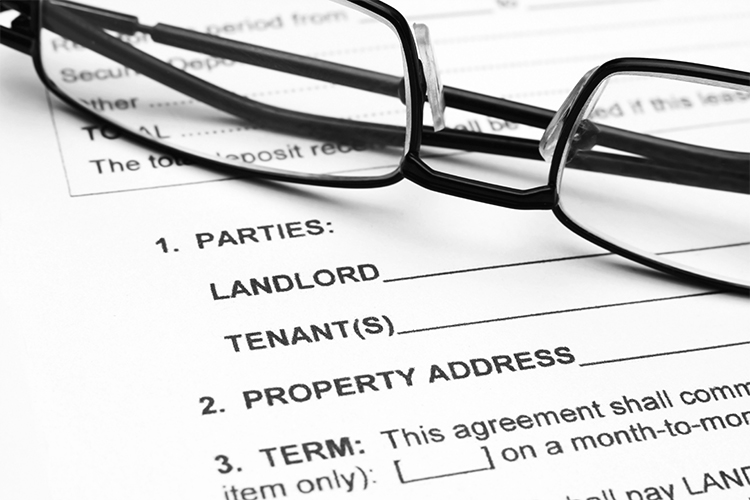 Landlord Tenant Contracts by Merrill A. Hanson